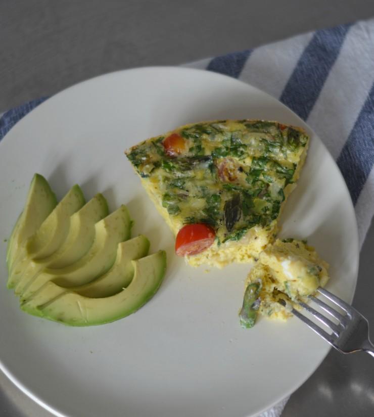 Frittata bite with avocado